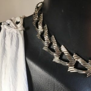 VTG Think Triangle Chain Link Collar  Necklace